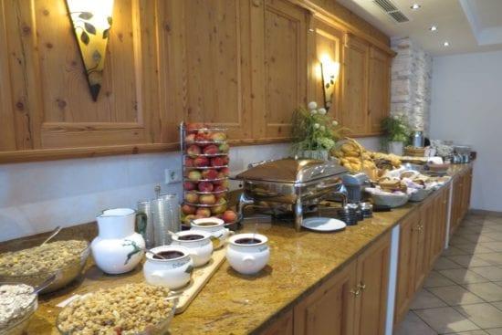 In der Stegerbräu Buffetküche findet man eine reichhaltige Auswahl für ein ausgiebiges Frühstück
