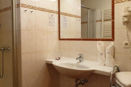 Hotel Stegerbräu Komfort Badezimmer