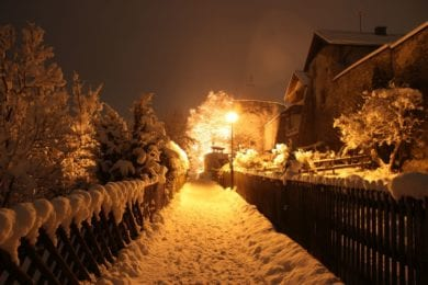 Richtig romantisch kann ein abendlicher Rundgang um die Radstädter Stadtmauer sein
