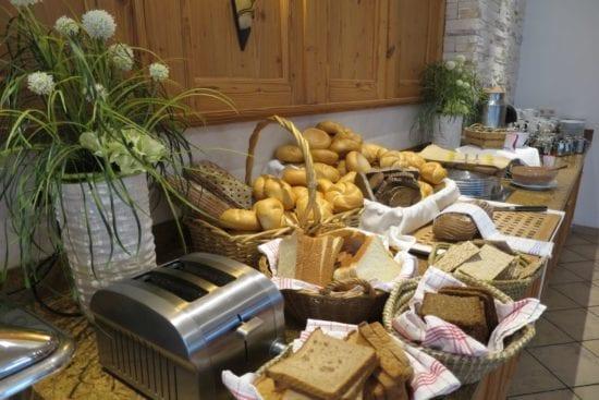 Brotecke am Stegerbräu Sommer-Frühstücksbuffet