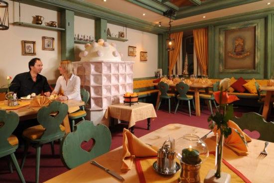 """Das gemütliche """"Stüberl"""" ist eines der á la carte Lokalitäten im Gasthof Stegerbräu"""