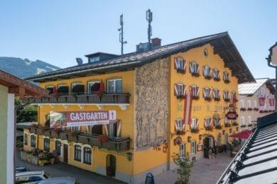Der Stegerbräu im Zentrum von Radstadt verzaubert mit altem Gemäuer, innen stilvoll kombiniert mit der Moderne.