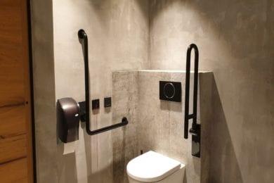 Die Toiletten im Restaurant Stegerbräu bieten auch ein behindertengerechtes WC im Erdgeschoß
