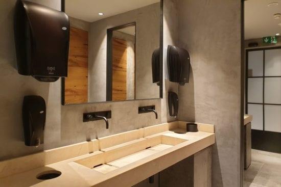 Die Restaurants im Stegerbräu sowie auch die Toiletten liegen im Erdgeschoß und sind barrierefrei zugänglich